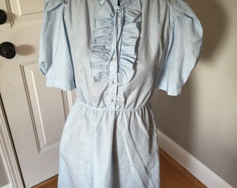 Light and airy vintage 70s dress, small
