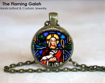 JESUS STAINED GLASS Pendant •  Church Window •  Christian •  Made in Australia •  (P0679)