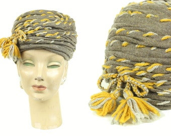 1950's Grey Knit Turban w/ Mustard Yarn Tassels