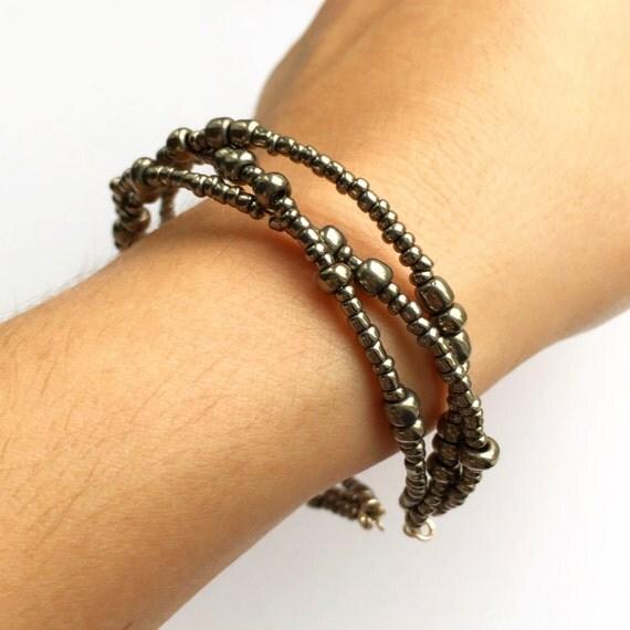 bracelet on wrist - photo #45