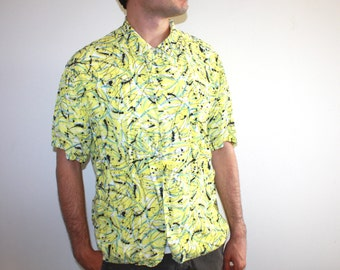 90's Yellow Short Sleeve Button Down Shirt with Black and Blue Splatter Paint