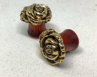 "Golden Rosebud Plugs-Sizes: 2g, 0g, 00g, 7/16"", 1/2"", 9/16"", 5/8"", 3/4"", 7/8"" &1""Pretty/Lovely / Earthy / Elegance / Great Gift /"