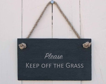 Slate Hanging Sign 'Please Keep off the Grass' (SR449)