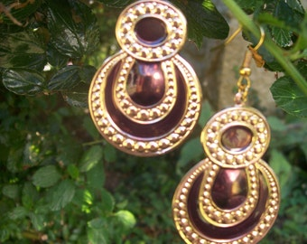 earring gold and purple