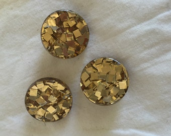 """Vintage Clear Plastic Button with Gold Confetti; 7/8"""""""