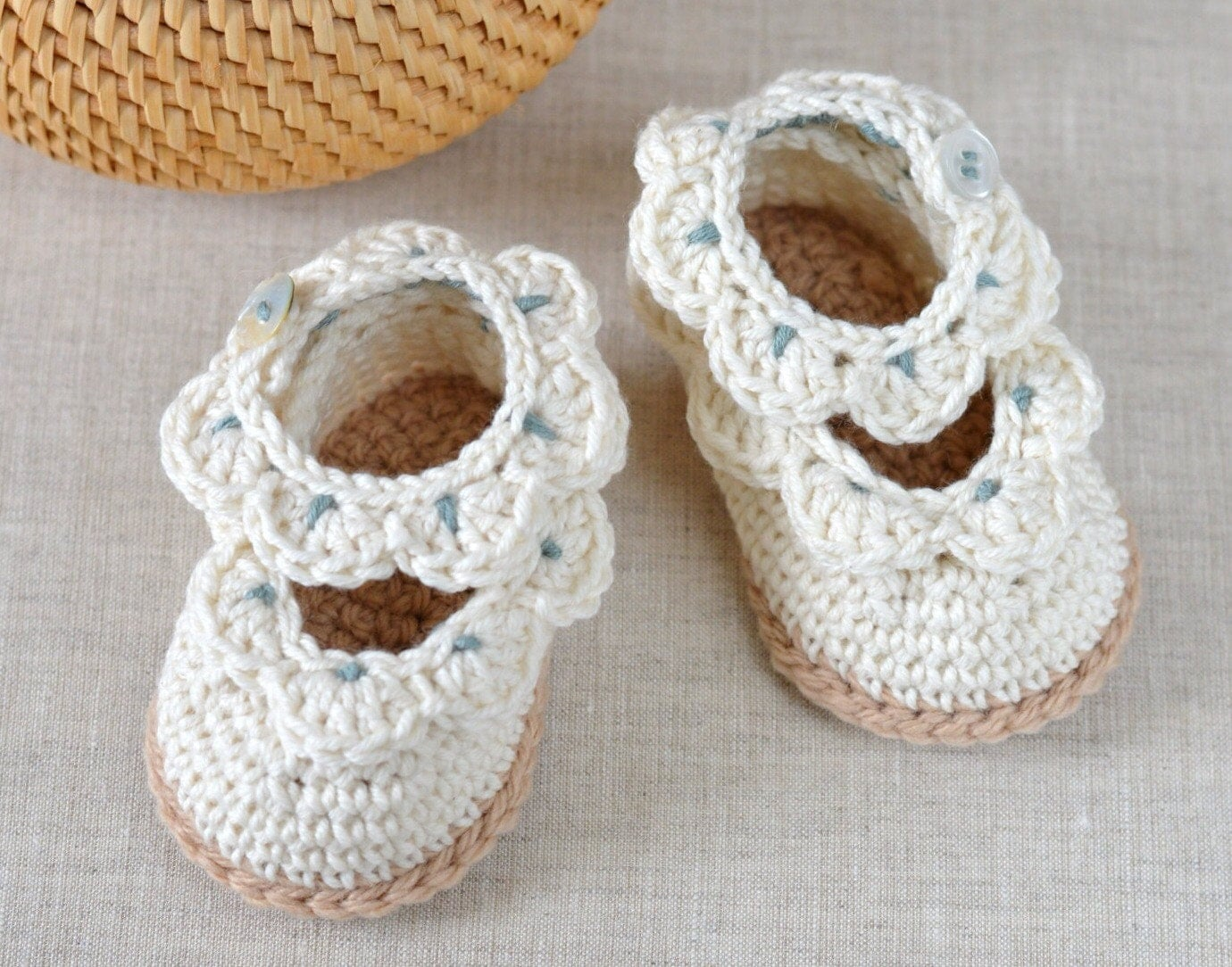CROCHET PATTERN Baby Shoes Baby Sandals with Scallops Easy | Free ...