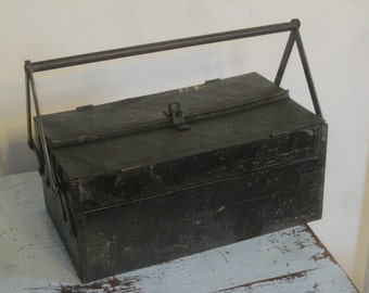 SALE!! Antique Toolbox , Organizer Toolbox , Metal Toolbox , Locking Toolbox ,FREE SHIPPING!!
