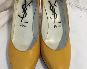 Vintage Ysl yellow leather pumps