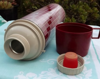 Pink and Burgandy King Seeley Metal Thermos - Perfect For Your Pink Kitchen ! Lovely Retro Vintage thermos