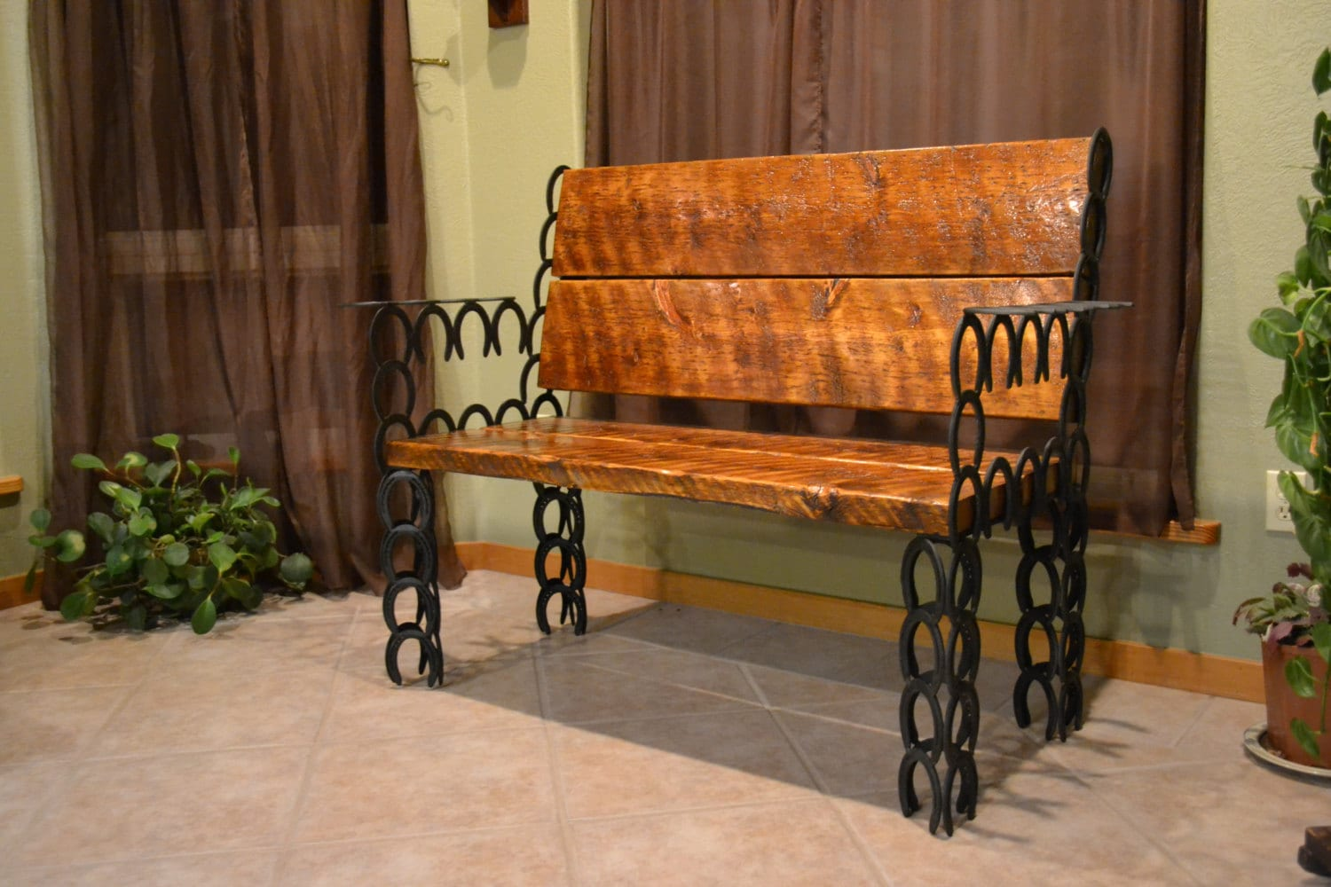 Horseshoe bench bench horseshoe art home decor western for Home decorators bench