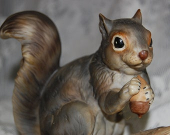 Fine Porcelain Large Gray Squirrel lifelike pose with Acorn