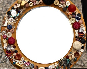 Sew What's New? Grandma's Button Mirror that's what. Funky fun and charming
