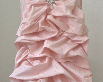 WHOLESALE PRICE WEEKEND!!! 10 pieces Blush pink ,Ivory,White, Chiavari chair covers
