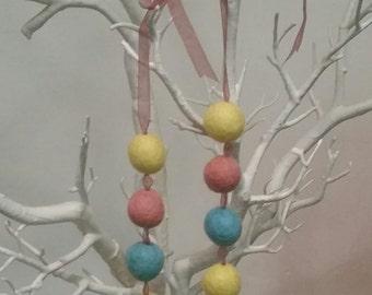 Pastel felt wool ball necklace
