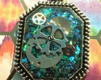 Sale 30% off! -  Glittering Gears - resin pendant necklace