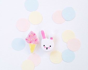 Lot 2 prong porcelain Mi ice cream & rabbit