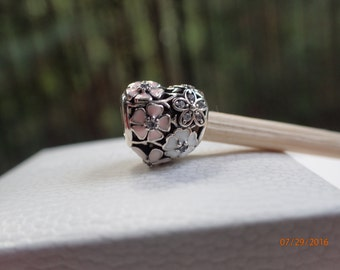 Authentic Pandora Charm Poetic Blooms Heart 791825ENMX