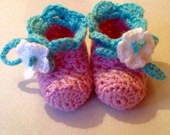 Newborn Strawberry Booties & Mittens Set