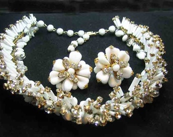 Vintage Signed Robert Rhinestone & Glass Necklace  Earrings AWESOME
