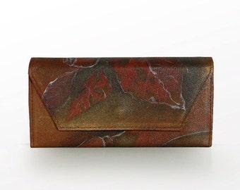 SALE - 20% Handbemaltes leather wallet