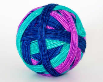 Birds of a Feather - Self striping sock yarn