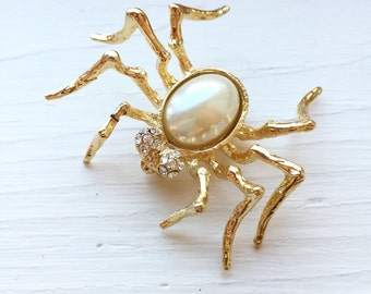 Vintage 1980s gold, pearl and stone spider pin brooch faux costume