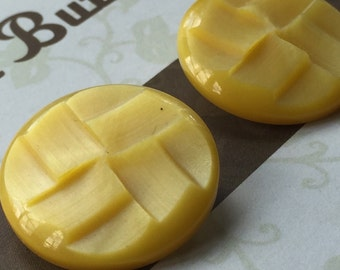 Vintage Buttons - yellow plastic