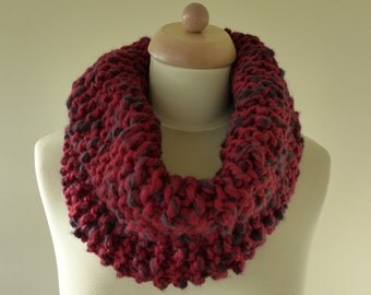 Hand Knitted Circular Scarf / Cowl