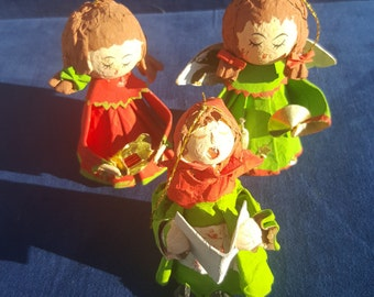 3 vintage papier mache choir angels made in Taiwan