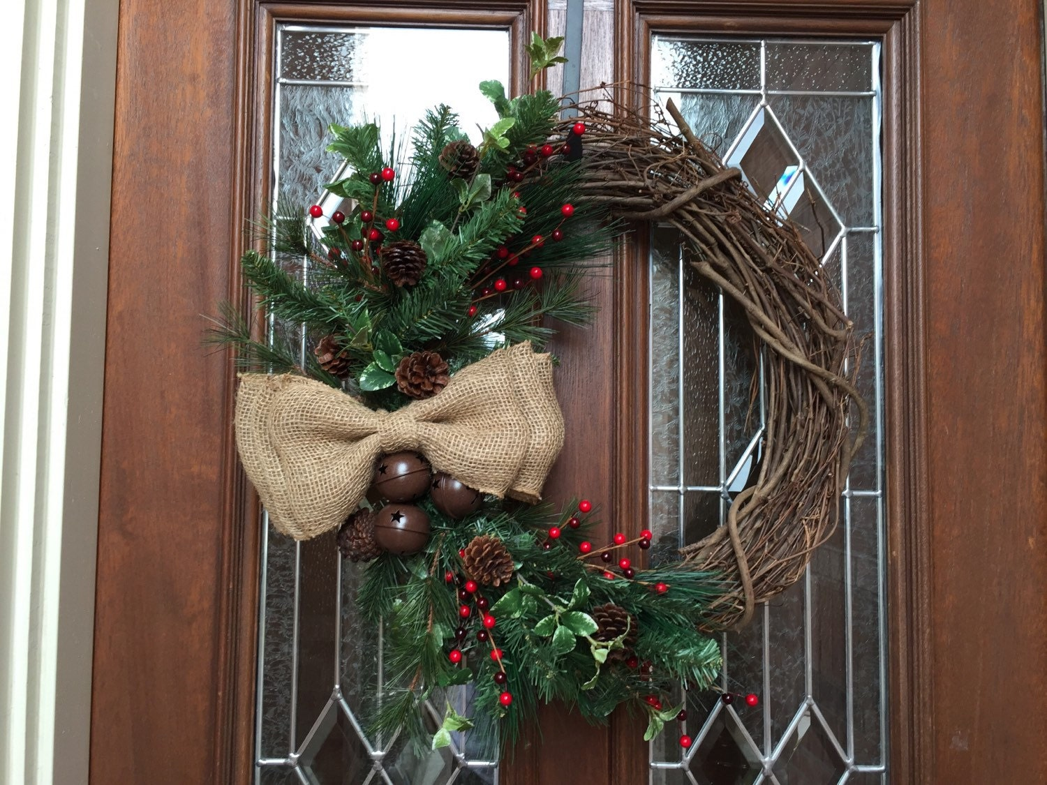 Rustic christmas wreath simple holiday wreath burlap bow Simple christmas wreaths