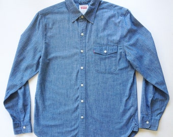 Vintage Levi's Red Tab 1 Pocket Chambray Work Shirt