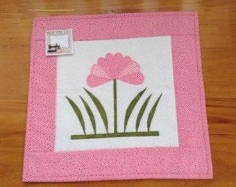 PINK SPOTS mug rug, snack mat, placemat, candle mat, mini quilt