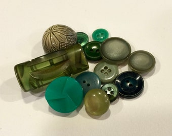 Vintage Green Plastic Buttons, Lot of Buttons, Moon Glow, Art Deco, Toggle Button, Tight Top, Pin shank, Sew thru and Self Shank, 1940s