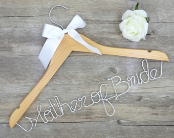 Hanger with Date&Hearts for your wedding/Promotions hanger Custom wedding hanger/Bridal dress personalized hanger/Bridesmaid unique hanger