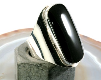 Onyx and 925 Sterling Silver Ring  - 3703