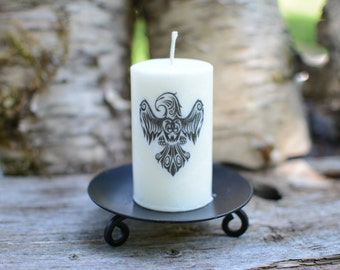 Scented Palm Wax  candle with the Eagle symbol.The perfect gift for any occasion!
