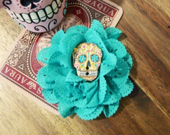 Sugar Skull Hair Rose Rockabilly Flower Day of the Dead Muertos Brooch Floral Barette Pin Up Girlfriend Gift Psychobilly Bridesmaid Gothic