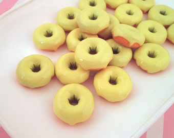 Vanilla Frosted Donut Cabochons Decoden Kawaii Sweets, Pick your amount, #062b