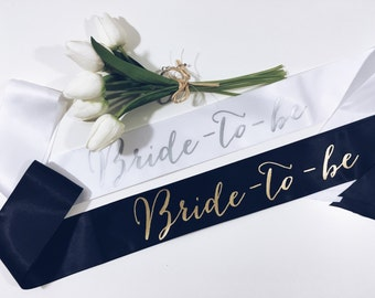 Bride-to-be Sash. Bride sash. Bridal shower gift. Bachelorette gift.Bride gift Bachelorette party sash.Bachelorette sash. Party sash.