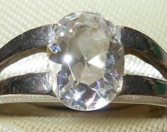 Vintage 925 Silver Crystal Ring