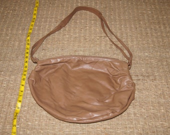 Vintage 1980's - Stone Mountain soft Tan leather Hobo Bag