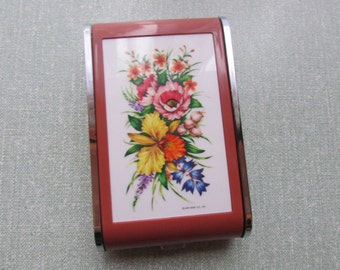Collectable 1970s Dandy-Mate Silvia musical compact/cigarette case