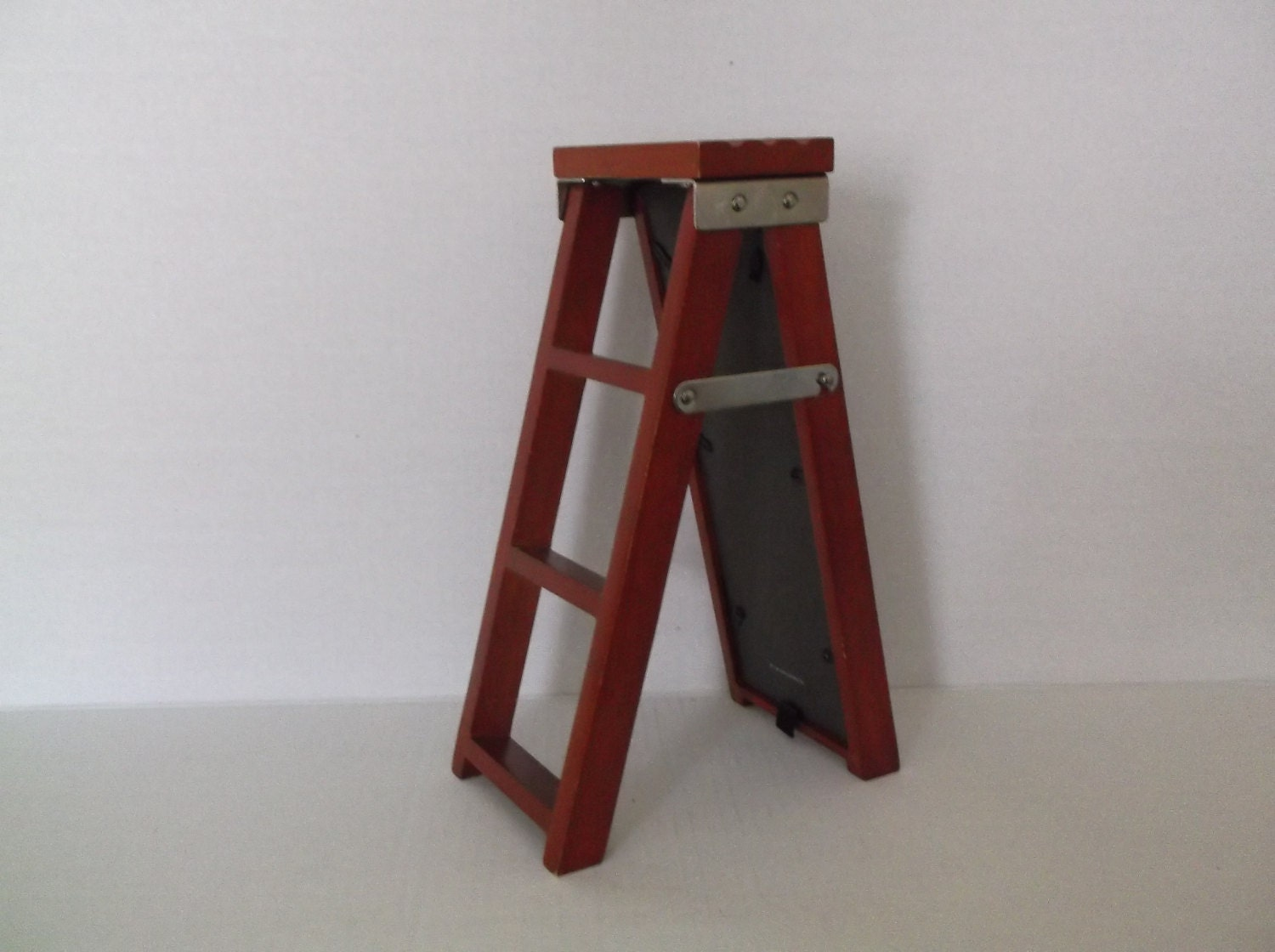 Wood Ladder With Picture Frames Craft Supply