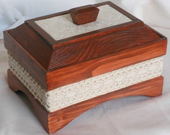 Jewellery/Trinket/Decorative box
