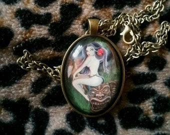 Glass oval cabaret necklace featuring my Polynesian night art