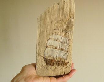Driftwood beach decor, driftwood ornament, driftwood art, coastal decor, home decor, home decoration, sea wood