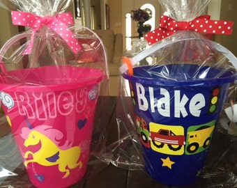 Personalized sand pail and shovel set