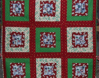 Christmas red & green quilt square pattern