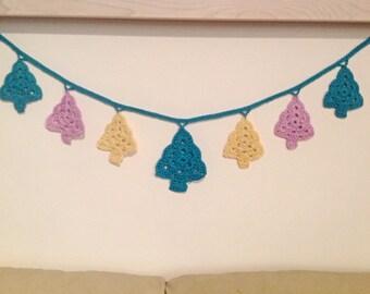 Crochet Christmas Tree Bunting Garland Medium