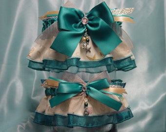 Barefoot in the Sand Blue Green Beach Theme Garter Set